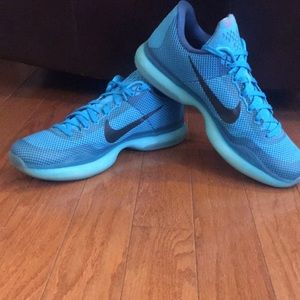 Men's Nike Kobe Athletic Shoes